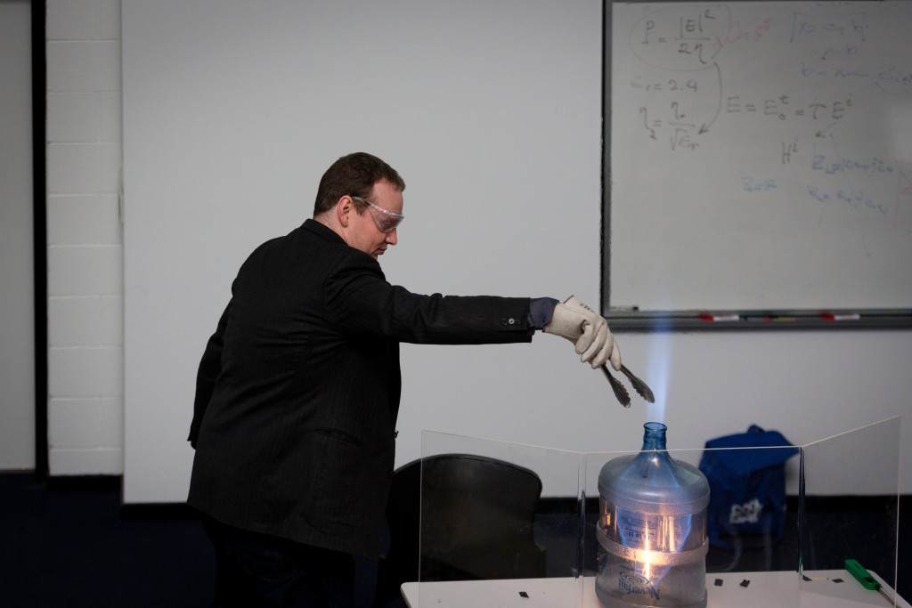 "Demonstrating a methanol pulsejet - the ""whoosh bottle"""